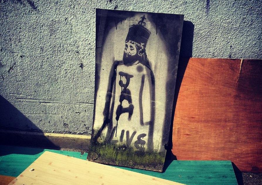 Jah Live Cannabis Religión